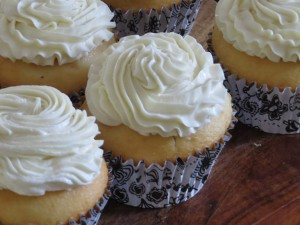 Whipped White Chocolate Ganache Frosting